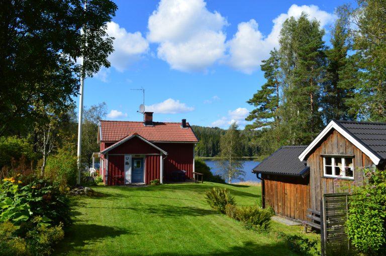 Stuga i dalsland. Perfekt för en riktig semester i Sverige.